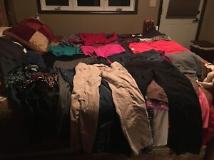 Maternity clothes 43 piece lot