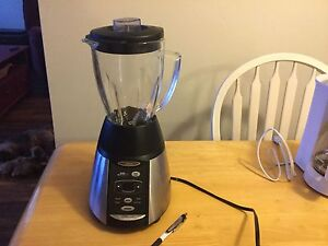 Stainless Steel Black Oster Blender!
