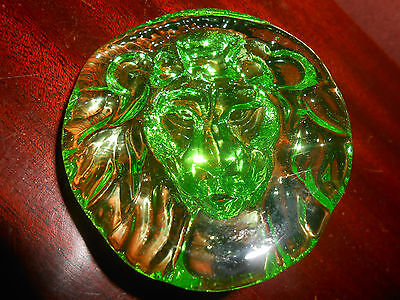Green Vaseline Lion head uranium glass figure ornament animal paperweight glows