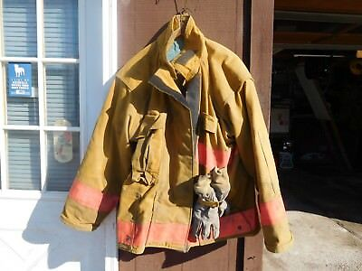 Size 46 X 32 Firefighter Turnout Coat