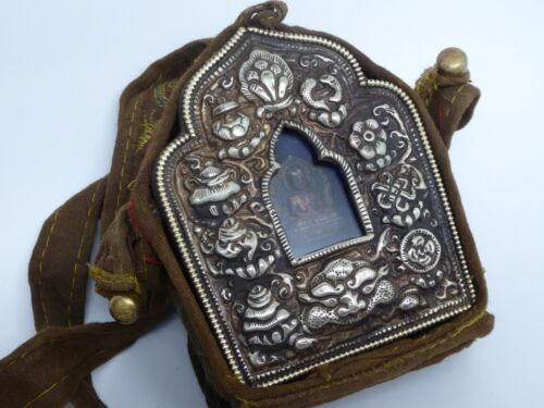 Vintage Buddhist Traveling Alter Gau Ghau Portable Prayer Shrine Tibetan Deity