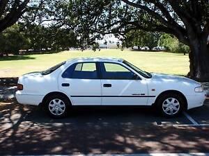 1993 Holden Apollo GS Sedan AUTO Victoria Park Victoria Park Area Preview