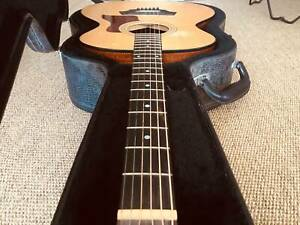 Taylor 214, USA acoustic guitar (2005), w/ Original Hardcase
