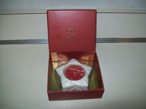 New in Box Lenox Yuletide Glowlites Star Tea Light SKU#775619 Red Candle
