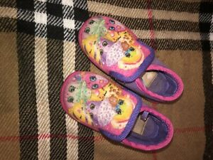 Girls shopkins size 6 slippers Edwardstown Marion Area Preview