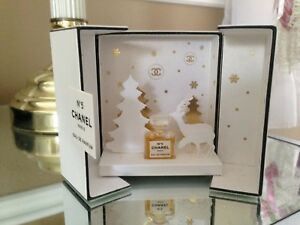 Chanel  No 5 collectable