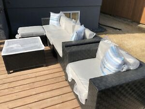 6-piece Soho Patio Set - BRAND NEW
