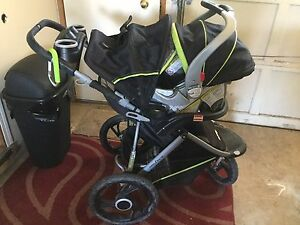 Baby trend velocity ultra light jogger travel system