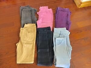Ladies pants size medium in excellent condition