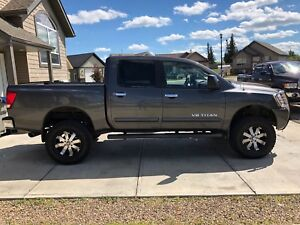 *REDUCED* Lifted 2006 Nissan Titan
