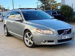2009 VOLVO V70 T6 R DESIGN AWD WAGON - EXTREMELY RARE - 1 of 51 South Windsor Hawkesbury Area Preview