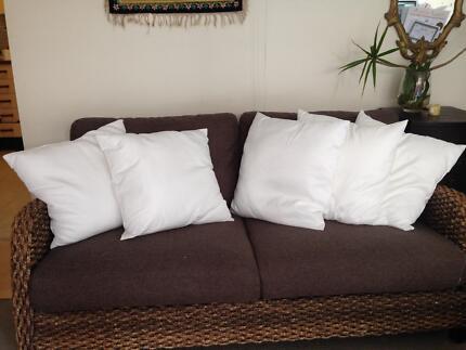 5 Clean White Throw Cushions / Pillows