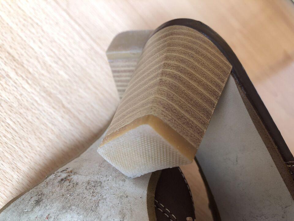 Leder Schuhe Pantolette 37 Janet D. braun mit Nieten Country in Berlin - Prenzlauer Berg