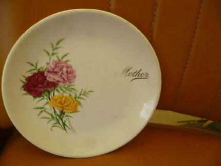 Flower Plate with Mother inscription Seaford Morphett Vale Area Preview
