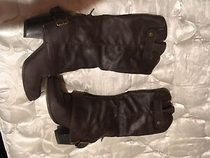 Size 7 chocolate brown boots