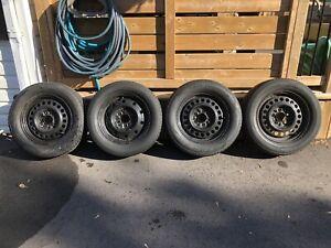 Cooper CS4 Touring Tires
