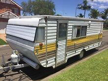 17FT VISCOUNT GRAND TOURER POP TOP CARAVAN WITH KITCHEN 7 MONTHS REGO Kellyville Ridge Blacktown Area Preview