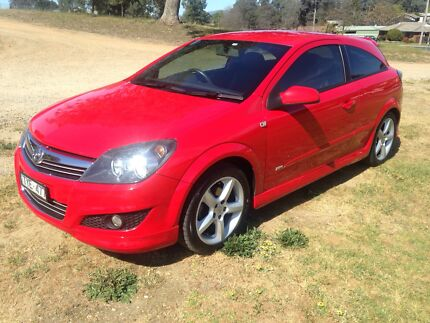 HOLDEN ASTRA AH SRI 2008 COUPE West Albury Albury Area Preview