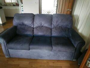 Lounge. Sofa