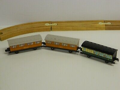 VTG 1987 ERTL Thomas The Tank Engine & Friends PASSENGER COACHES x 3 Clarabel//