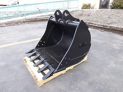 New 36 Backhoe Bucket For A John Deere 310 Se