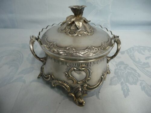 ORNATE WMF OF GERMANY ART NOUVEAU SILVER PLATE CANDY/NUT DISH w/GLASS LINER