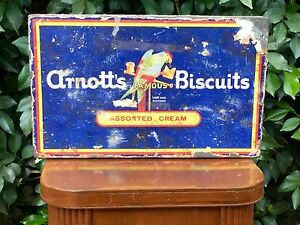VINTAGE ARNOTT'S ASSORTED CREAM BISCUITS TIN & PAPER LABEL ANTIQUE TIN Murrumba Downs Pine Rivers Area Preview