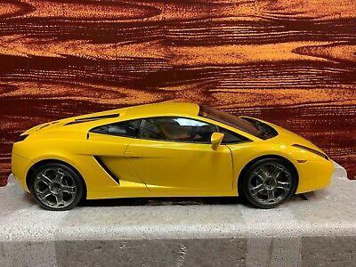 1:12 Scale AutoArt Lamborghini Gallardo