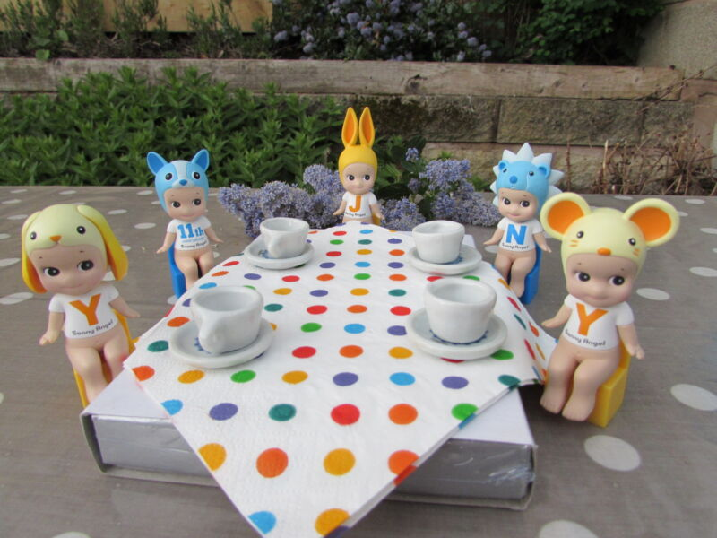 Anyone for tea? Join me to see what other ones we have at the link below for Sonny Angel 12th Anniversary Series Angels