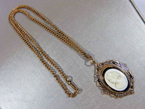 VICTORIAN ROLLED GOLD CARVED JET AND HARD STONE CAMEO MOURNING PENDANT NECKLACE
