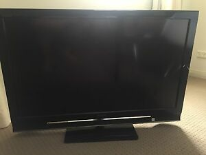 SONY 40 inch W4500 Series Full HD BRAVIA LCD TV Labrador Gold Coast City Preview