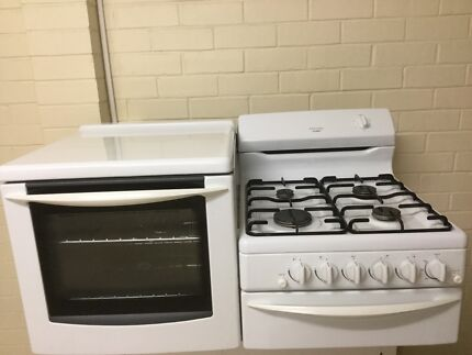 Side by side stove and oven