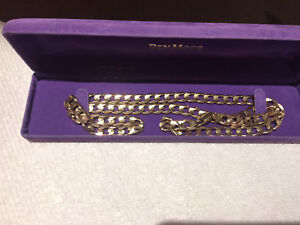18k solid gold chain 47 plus grams  2000$