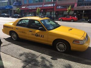 Ford Crown Vic / NY Taxi / $500 OBO - ASAP sale