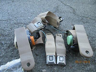 1990-1992 Lincoln Mark 7,Front Shoulder,Inner Seat Belts ,Tan Color - Lincoln Seat Belts
