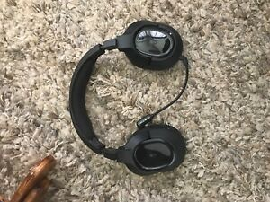 Turtle beach stealth 400 wireless PS4 gaming headset