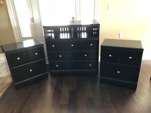 Queen size bedroom set 600 obo