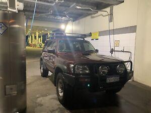 2004 Nissan Patrol St (4x4) 4 Sp Automatic 4d Wagon