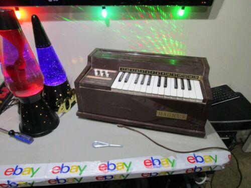 Vintage Working Magnus Model 300 Electric Chord Organ Made in USA FREESHIP