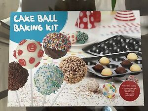 New Cake Pops Baking & Decorating kit $18 Eastwood Ryde Area Preview