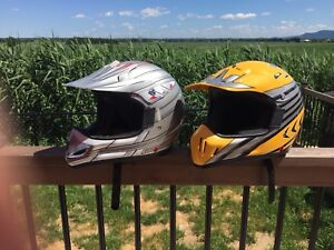 Casque motocross Comme neuf