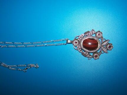 lrg gem stone pendant necklace Grafton Clarence Valley Preview