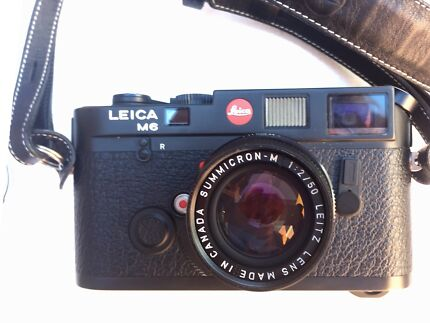 Leica M6 + SUMMICRON-M 50mm f/2 lens + Self Timer + Soft Release