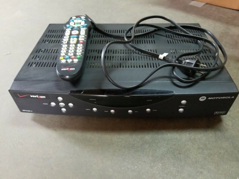 Motorola (Verizon) - STB QIP2500-3 Set Top Box + working remote + power cable