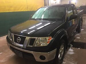 2010 Nissan Frontier king cab. ES  4x4