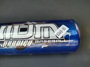 ~ RRP $349.95 ~ Baseball Bat 32in Aluminum Light Weight St Kilda East Glen Eira Area Preview