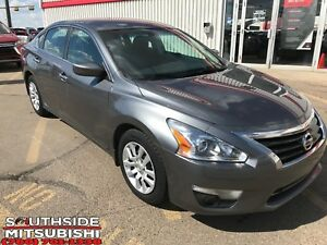 2014 Nissan Altima 2.5 | BLUETOOTH/LOW KMS/MUST SEE!!