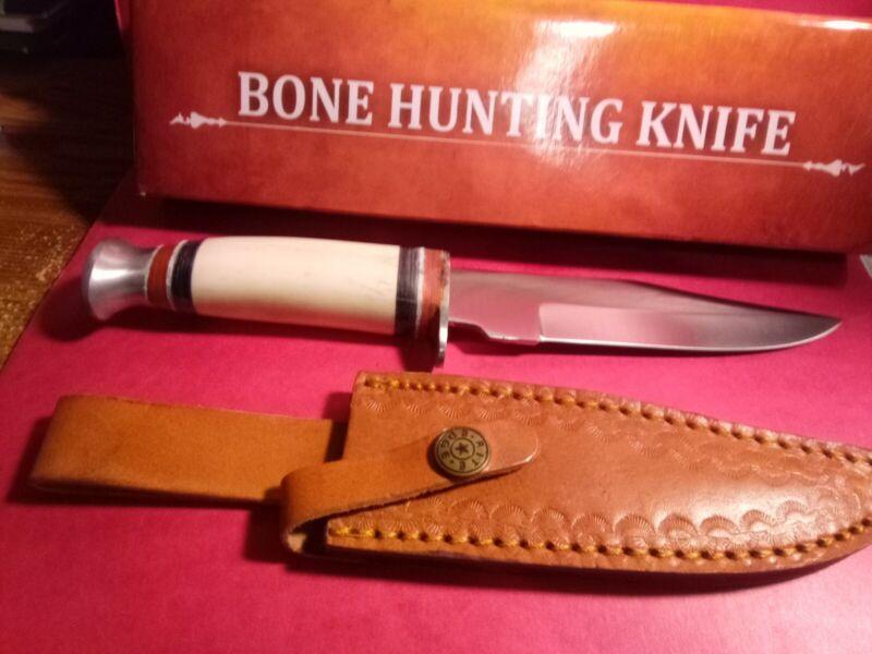 "L0T 665  10""  Quality Hunting Knife & Sheath Bone Handle 5.5"" SS Blade.203358-BO"