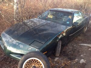 1991 Pontiac firebird for parts text 902 717 0742