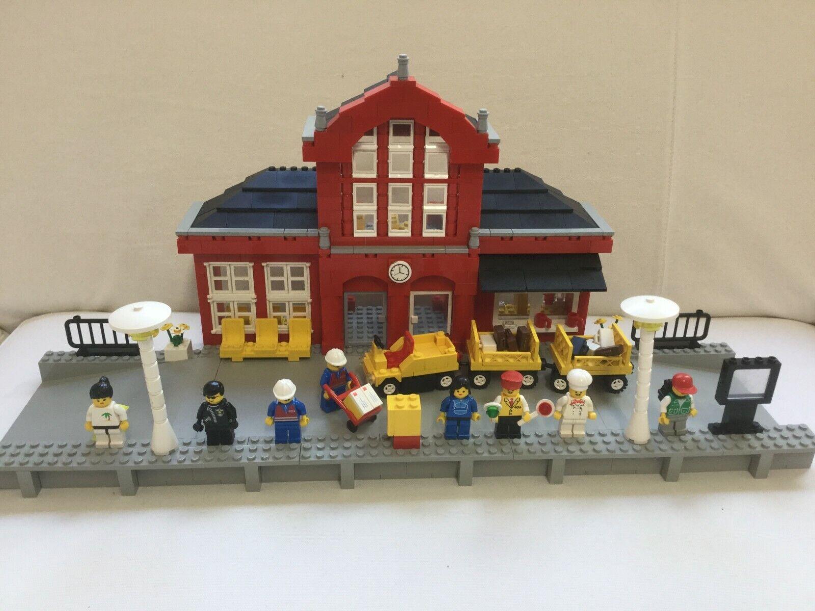 LEGO System 2150 Bahnhof / Train Station in rot von 1996